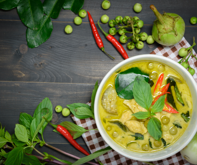 Chicken coconut green curry